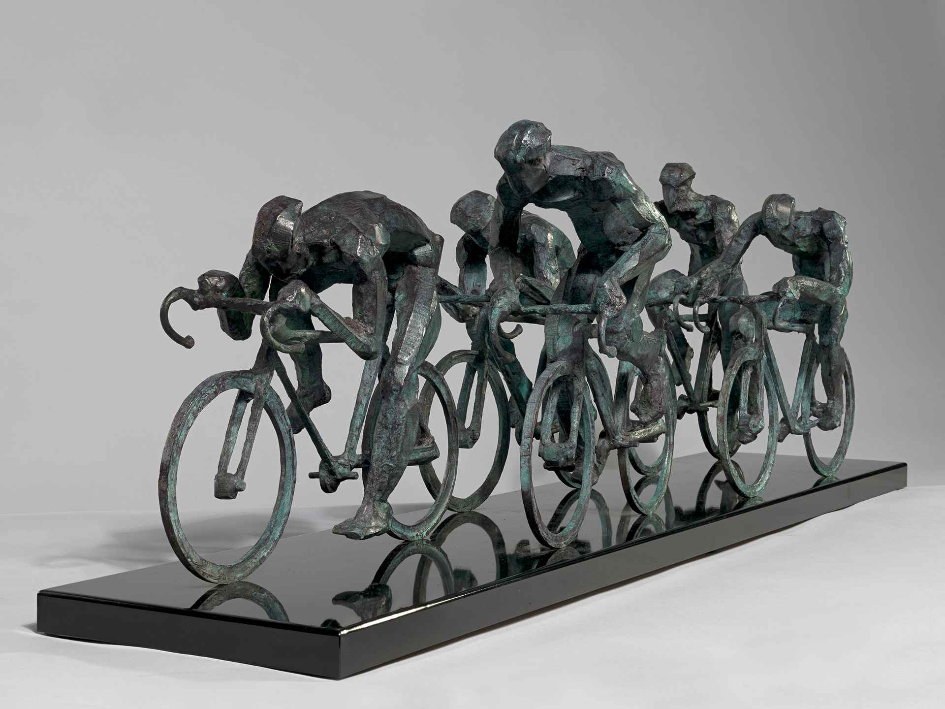 Peloton (5 cyclist) by Sophie Dickens