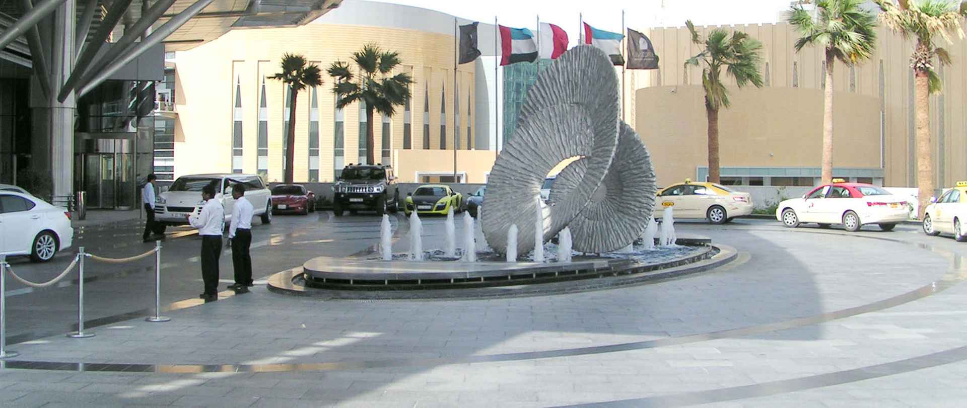 The first impression when you approach the hotel by The Address, Dubai